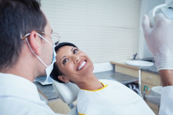 Cosmetic Dentistry And Dental Bonding